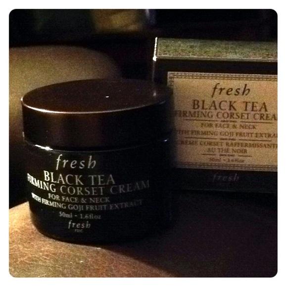 518936da64 Fresh Black Tea Firming Corset Cream NIB. M 5b94adeac2e88e9edc996915